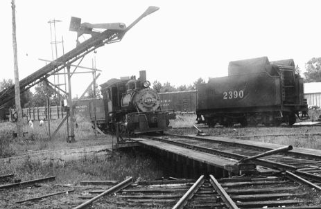 Coaling at the Old Manistique Turntable